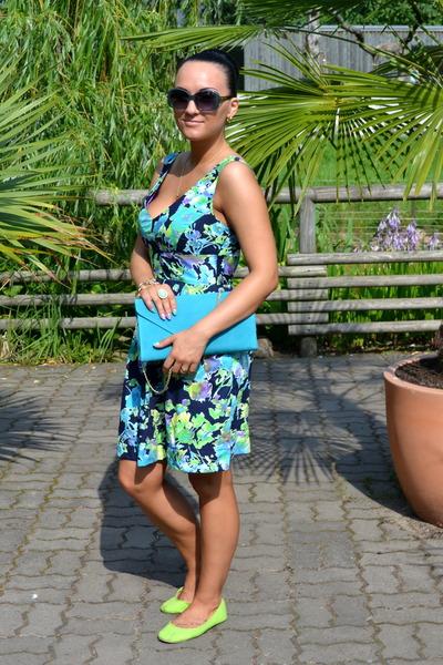 sky blue Mohito bag - navy Zara dress - aquamarine Charles & Keith sunglasses