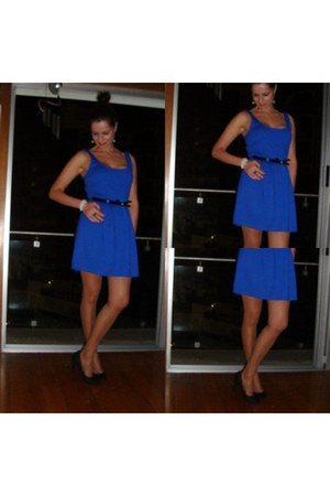 blue blue dress dress - black black shoes shoes