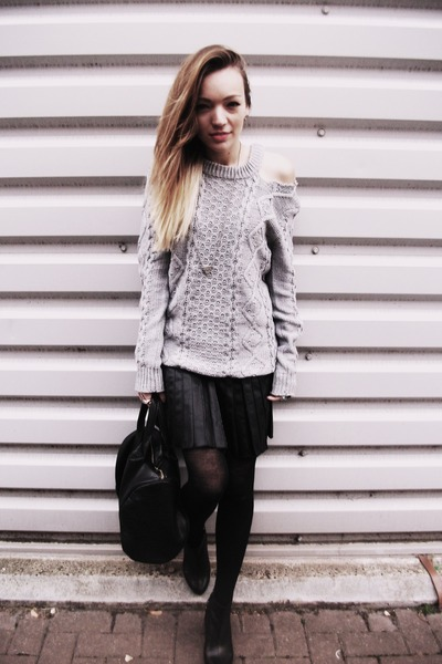 heather gray Primark sweater - black leather pleated Primark skirt