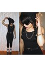 Black-beanie-hat-black-wedges-black-one-piece-vintage-bodysuit