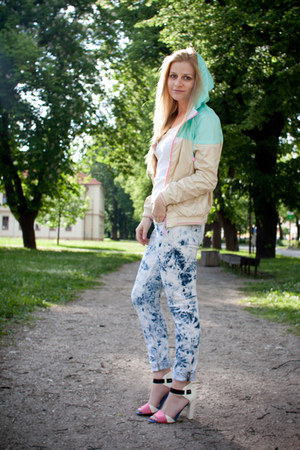 bomber New Yorker jacket - tie dye jeans - leather asoscom sandals