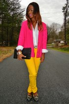 black vintage leather purse - yellow jeans - hot pink vintage blazer