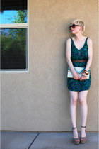 tan platforms Steve Madden shoes - green green Urban Outfitters dress - beige mu