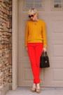 Tan-platform-steve-madden-shoes-red-levis-jeans