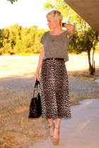 charcoal gray midi Forever 21 skirt - tan platform Steve Madden shoes