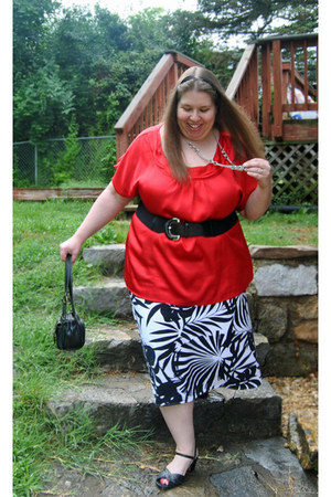 black thrifted bag - black second hand sandals - red pullover Fashion Bug blouse
