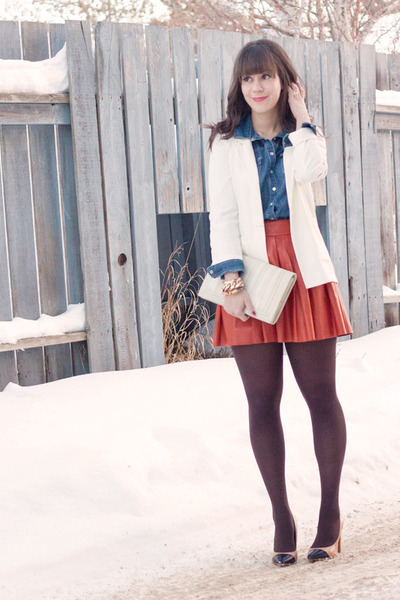 carrot orange leather Alice &amp; Olivia skirt - white H&amp;M blazer