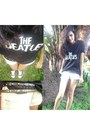 Detonado-short-shorts-taxas-belt-the-beatles-forum-t-shirt-converse-sneake