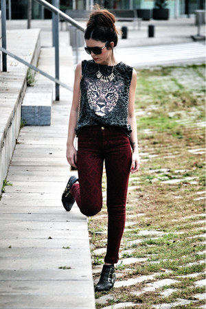 Zara t-shirt - leather Jeffrey Campbell boots - Bershka pants