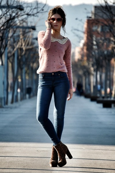 Sheinside sweater - Nellycom boots - Topshop jeans