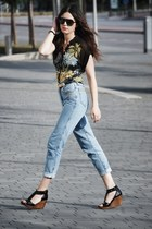 vintage rocco barocco jeans - pull&bear shoes - BLANCO t-shirt