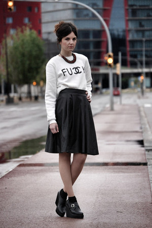 Sheinside sweatshirt - zalando skirt - Deena & Ozzy wedges