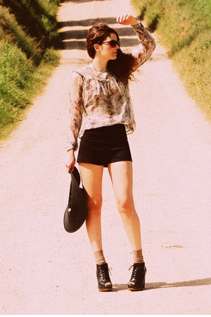 Urban Outfitters shorts - asos shoes - Primark hat - Topshop blouse