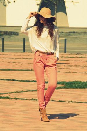 Zara boots - Zara pants - Zara t-shirt