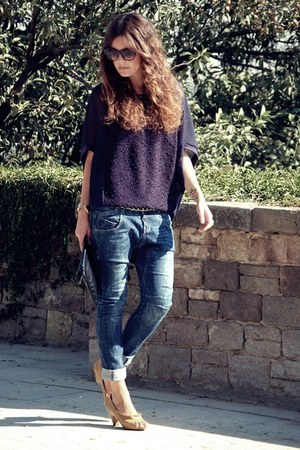 Bershka jeans - yuki sweater - Mango bag - vialis heels - Mango glasses