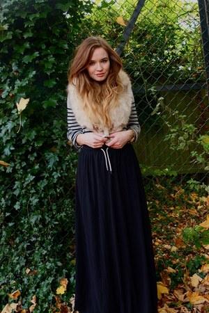 scarf - skirt - jumper