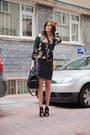 Black-vintage-skirt-black-zara-sandals