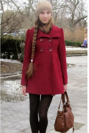 ruby red Forever 21 coat - camel hat - brown Bershka bag