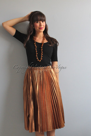 Urban Outfitters skirt - H&M top - BP necklace
