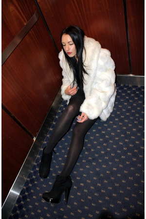 white vtg jordache coat - black Topshop boots - black Alexander Wang dress