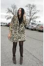 Vintage-coat-steve-madden-shoes-vintage-dress-elizabeth-james-accessorie
