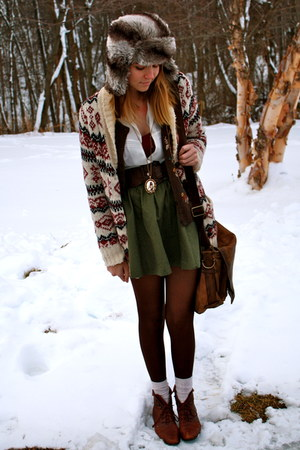 dark green H&M skirt - brown vintage Nine West boots - dark brown Forever 21 hat