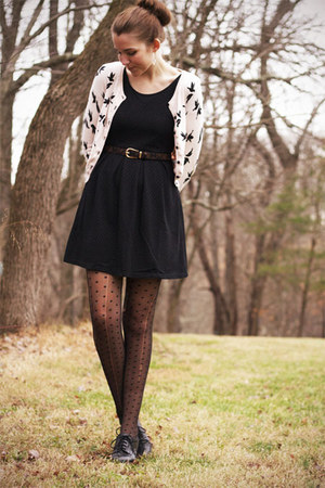 light pink H&amp;M cardigan - black modcloth dress - black Bass heels
