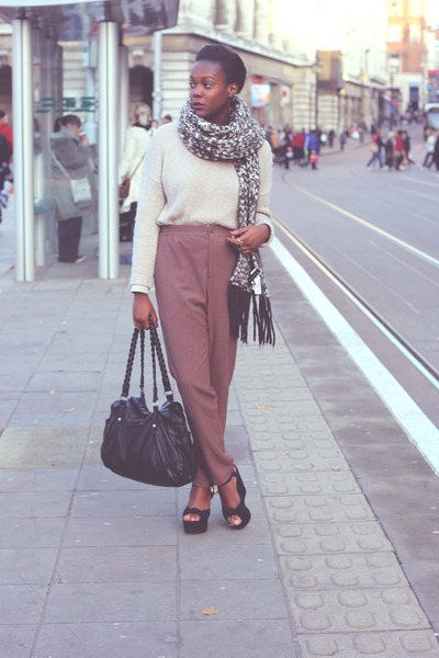 Zara scarf - Marks and Spencer shirt - H&M bag - H&M pants - H&M jumper