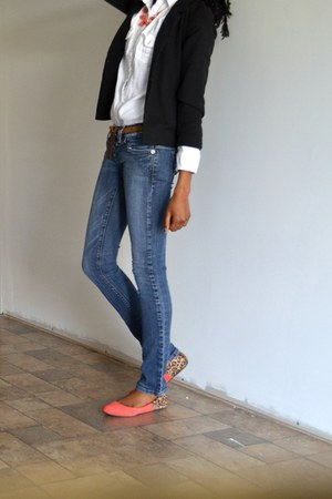 Guess jeans - black H&M blazer - eggshell cotton American Eagle blouse