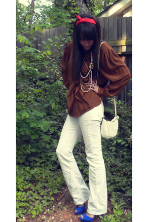 brown blouse - white Seven For All Mankind jeans - carrot orange scarf