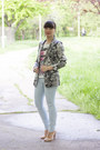 Light-blue-pull-bear-jeans-heather-gray-zara-blazer-nude-zara-sandals