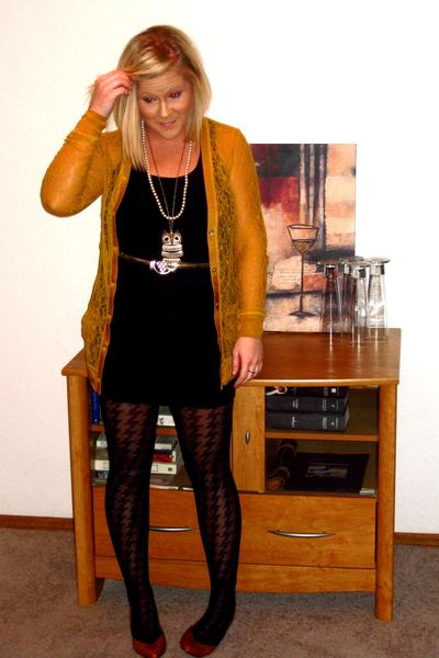 black Forever 21 top - black Forever 21 skirt - Rodarte for Target cardigan - go