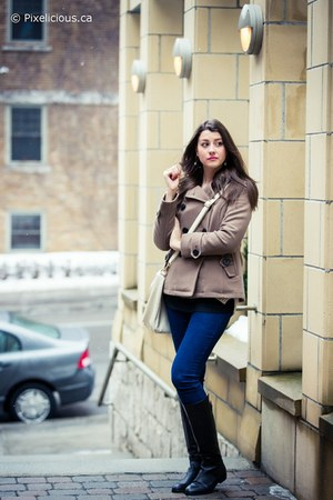 black le chateau boots - tan Simons coat - blue Simons jeans