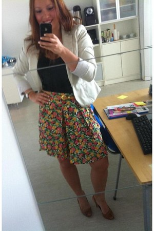 H&M blazer - new look skirt - H&M top - Caroline Boix sandals - Nine West watch