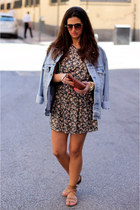 pull&bear dress - Levis jacket - Bimba&Lola bag - Zara sunglasses - Zara flats