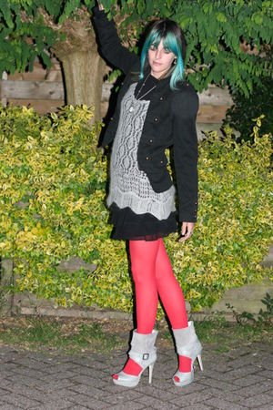 red thrifted tights - silver Primark shoes - silver didi dress - black new look 