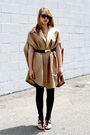 Beige-vintage-from-we-move-vintage-coat-gold-vintage-from-we-move-vintage-belt