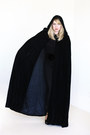 Black-high-waisted-leggings-black-velvet-vintage-cape-cape-black-blouse