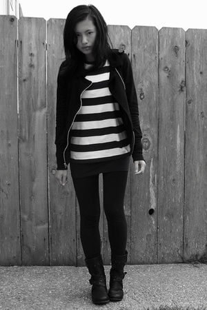 Charlotte Russe jacket - Gap top - Uniqlo tights - jbandmecom shoes