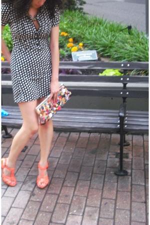vintage dress - H&M shoes