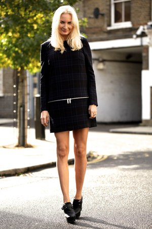 navy Zara dress - black Stella McCartney wedges