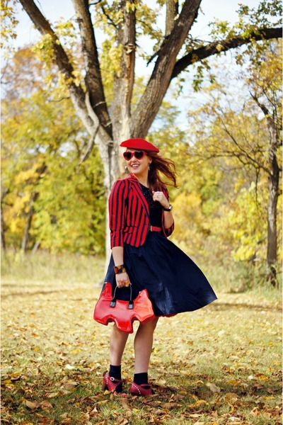 red wool beret hat - navy cotton dress - red cotton jacket - red scottie dog bag