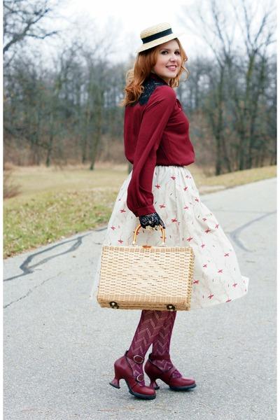 crimson lace chiffon Forever 21 blouse - beige straw le chateau hat