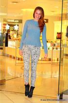 Autumn Cashmere sweater - Manolo Blahnik boots - J Brand jeans