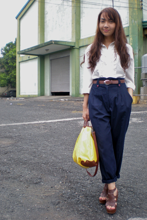 brown shoes - white shirt - yellow bag - blue pants - brown belt