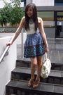 Blue-forever-21-necklace-beige-forever-21-top-blue-forever-21-skirt-beige-