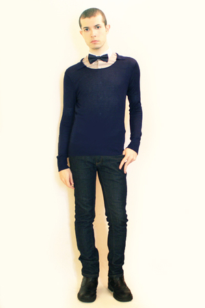 gray Hanjiro shirt - blue Zara sweater - blue Sisley tie - blue Zara jeans