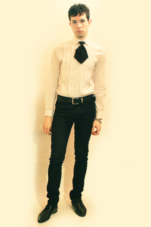 cream H&amp;M shirt - black Deepstyle tie - black Zara pants - black Zara shoes - si