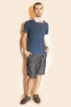 white diy white collar - blue Gap t-shirt - blue Zara shorts - gray H&M shoes -