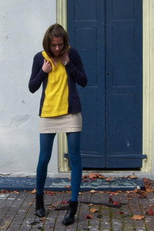 H&amp;M sweater - Old Navy shirt - Old Navy skirt - TJ Maxx tights - payless boots